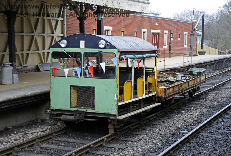 The Wickham trolley helping with the works.  17.03.2011  6364