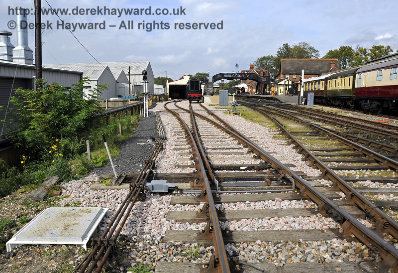 Looking north towards the Carriage Shed from the points which serve the shed and the Dock.  24.09.2011  2876