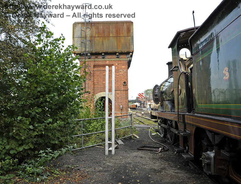 Looking north from what will be the Carriage Shed headshunt towards the water tower.  On the left a post has been erected ready for new signals to be installed.   592 stands on the old wash out pit, which is being replaced by a new facility.  24.09.2011  2896