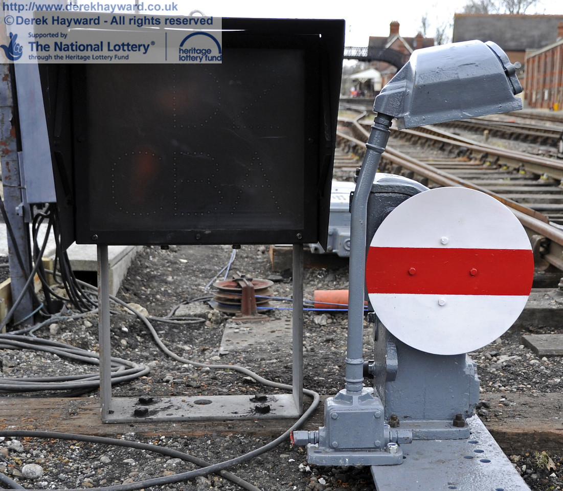A close up of the new ground signal.  20.03.2012  3894