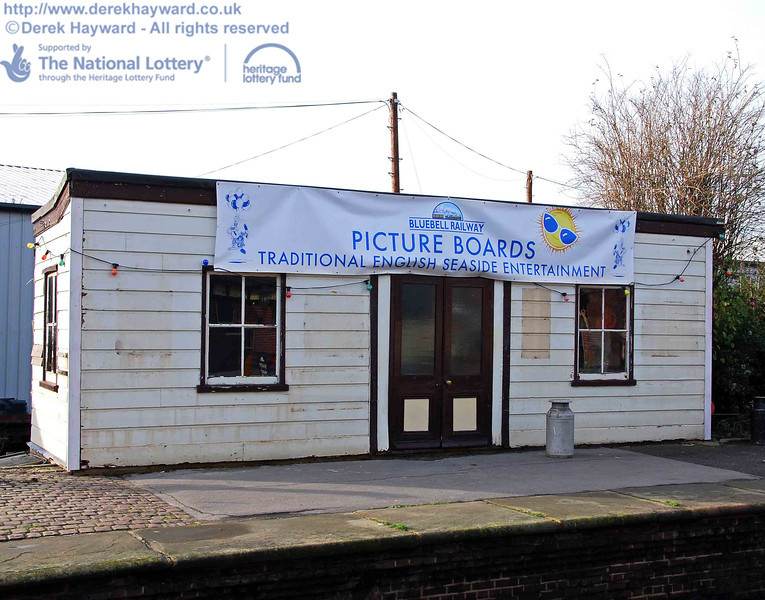 The former Isfield building on Platform 2 at Sheffield Park, which will eventually become the new Bulleid bookshop. 01.12.2009