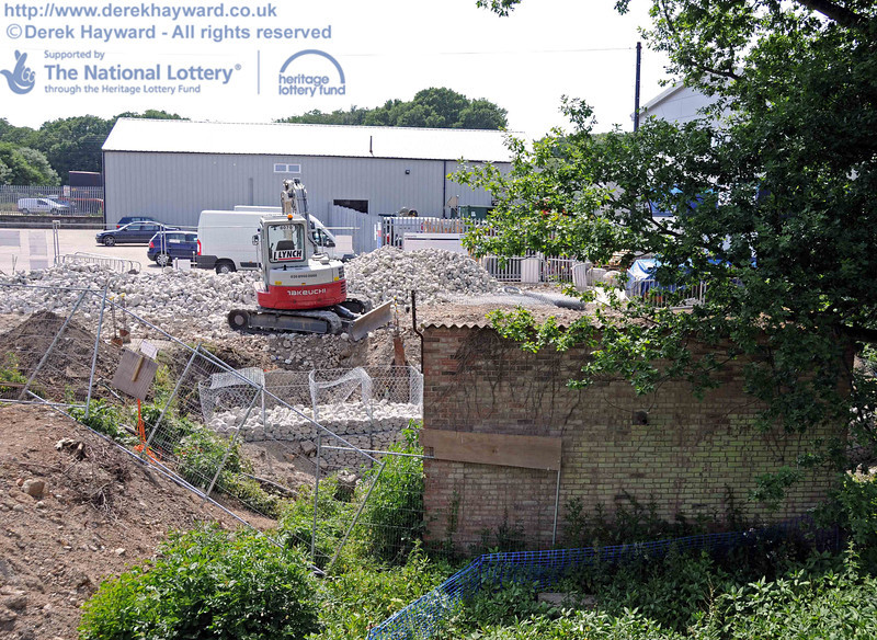 The crushed concrete was being used to construct gabions adjacent to the old pump house. 24.06.2010  2865