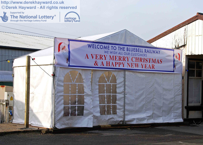 A close up of the temporary Santa marquee on Platform 2 at Sheffield Park. 01.12.2009