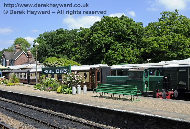 "If ""Skippy"" is well behaved he is occasionally allowed out of the Down Yard.  Sentinel/Rolls-Royce/Thomas Hill 4-w Diesel-Hydraulic loco No.10241 is seen here at Horsted Keynes on the Pullman....  06.07.2013  9452"