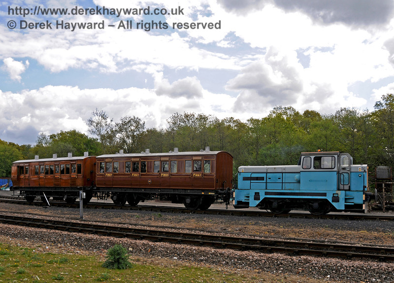 Before repainting, Sentinel/Rolls-Royce/Thomas Hill 4-w Diesel-Hydraulic loco No.10241 shunting at Horsted Keynes.  Could this be a future photo charter?  17.05.2010  2534