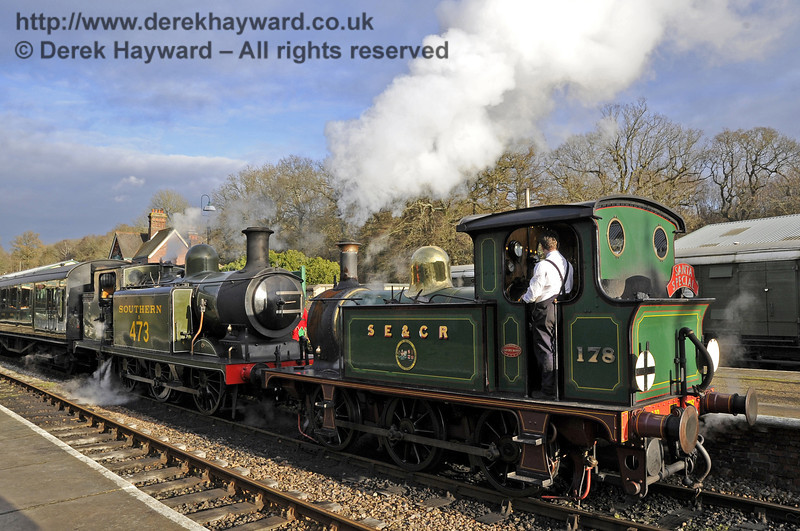 178 and B473 wait at Horsted Keynes with a Santa Special.  08.12.2012  5909