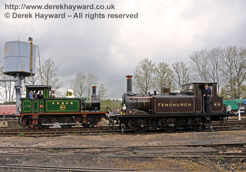 178 and 672 Fenchurch pose at Horsted Keynes. 01.05.2010  2174