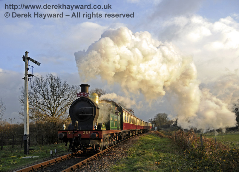 263 passes the Sheffield Park Advance Starter with a Christmas Afternoon Tea train (Wealden Rambler).  03.12.2014  11713