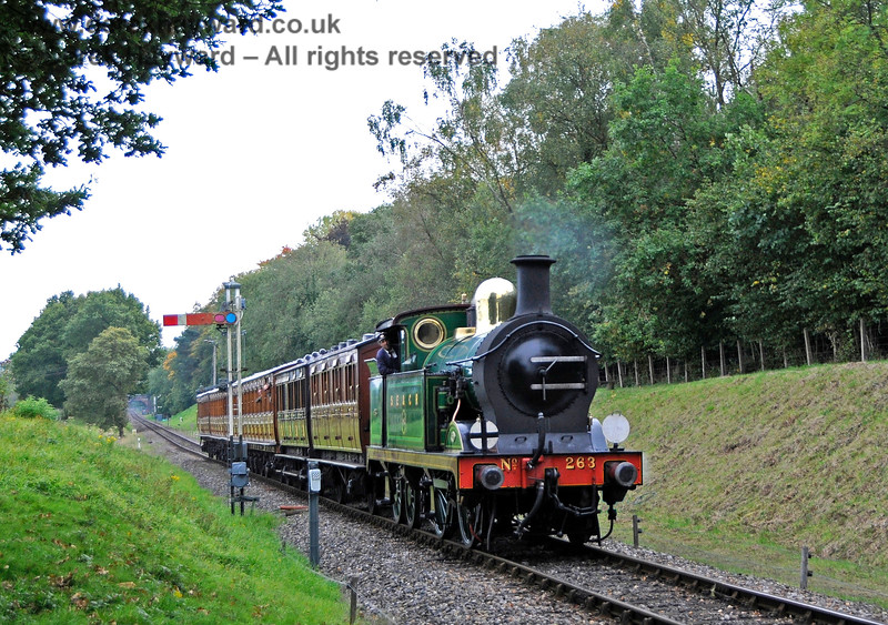 263 passes the Kingscote southbound Advance Starter. 10.10.2015 13862