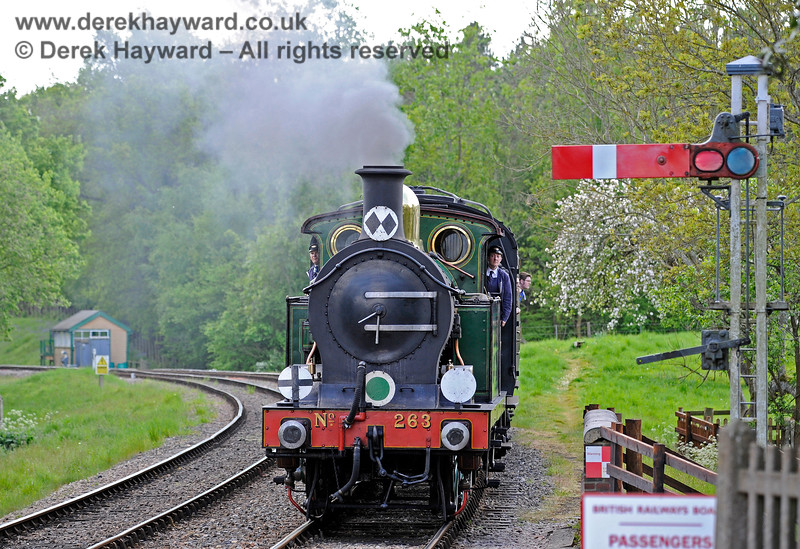The crew look out on both sides as 263 arrives at Kingscote. 14.05.2017 15256