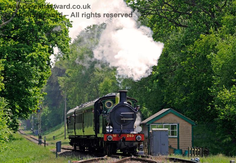 263 passes the old southern signal box at Kingscote. 18.05.2018 16422