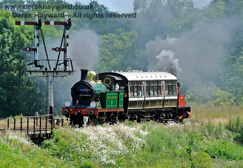 263 and Captain Baxter at Poleay Bridge with a Sheffield Park to Horsted Keynes shuttle service. 27.06.2015 11484
