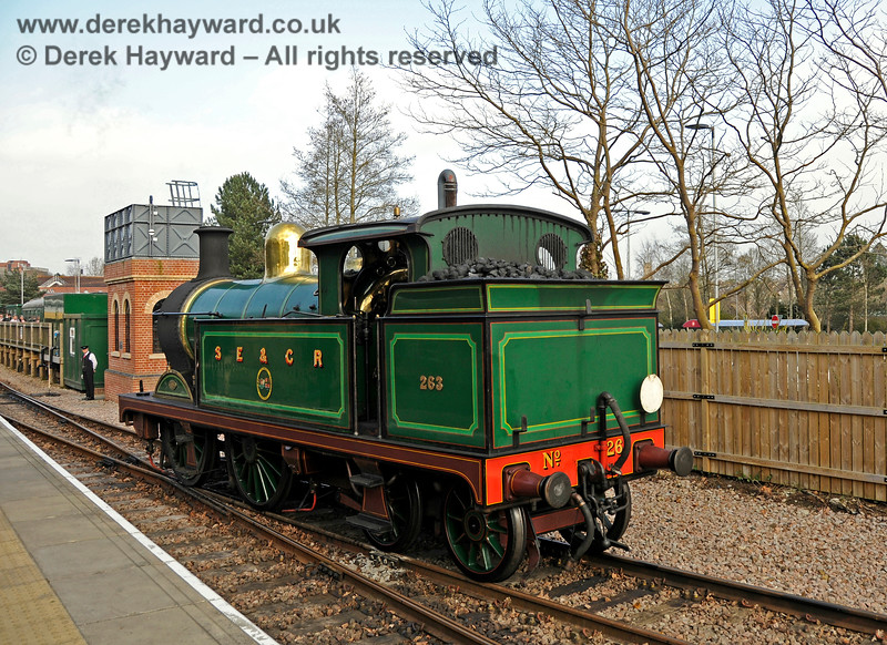 263 running round at East Grinstead. 06.04.2015 12131