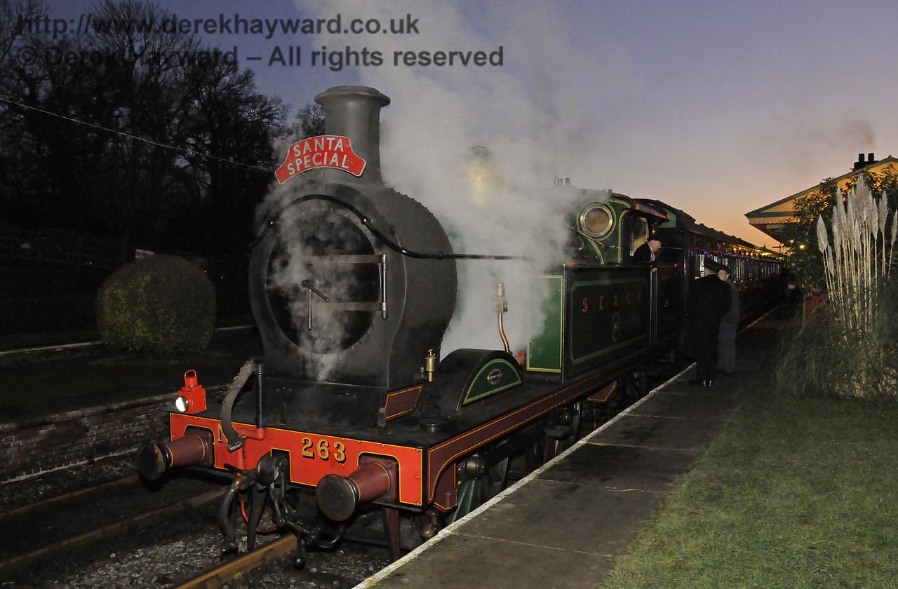 263 waits at Horsted Keynes with a Santa Special.  13.12.2014  10205