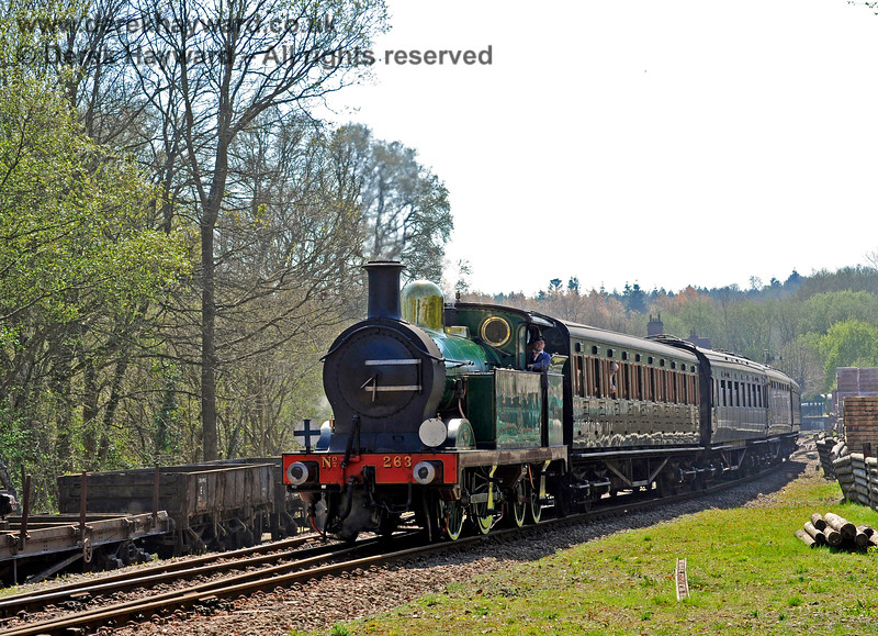 263 steams north from Kingscote. 09.04.2017 14998