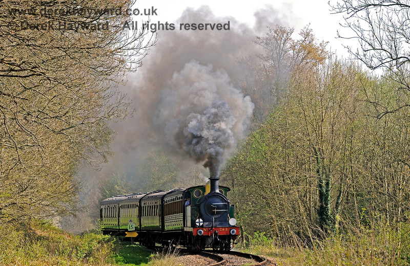 The trees are just coming into leaf as 263 steams towards Lindfield Wood. 08.04.2017 14958