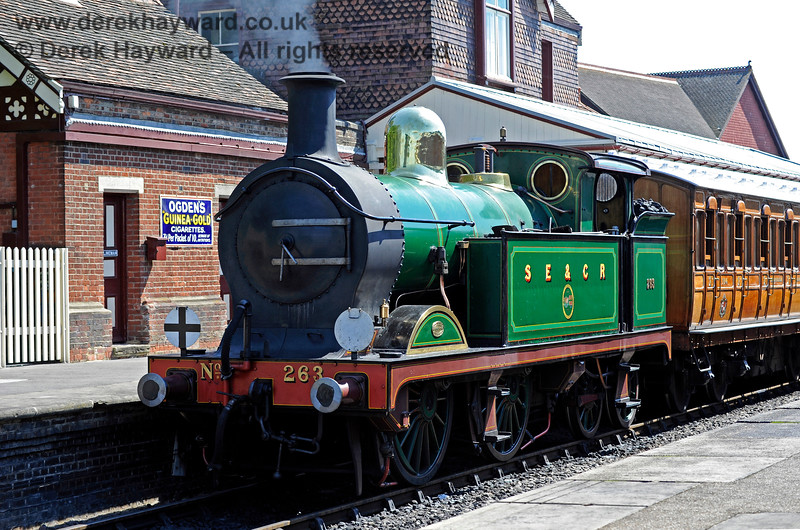 263 waits for departure at Sheffield Park. 22.08.2015 11907