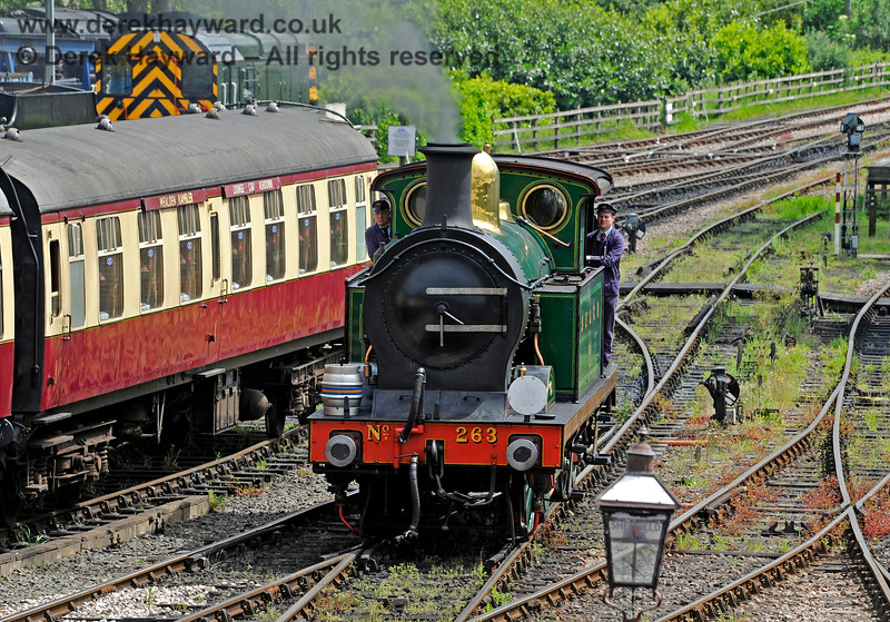 263 coming off shed at Sheffield Park with a beer barrel on board. 27.05.2017 15463