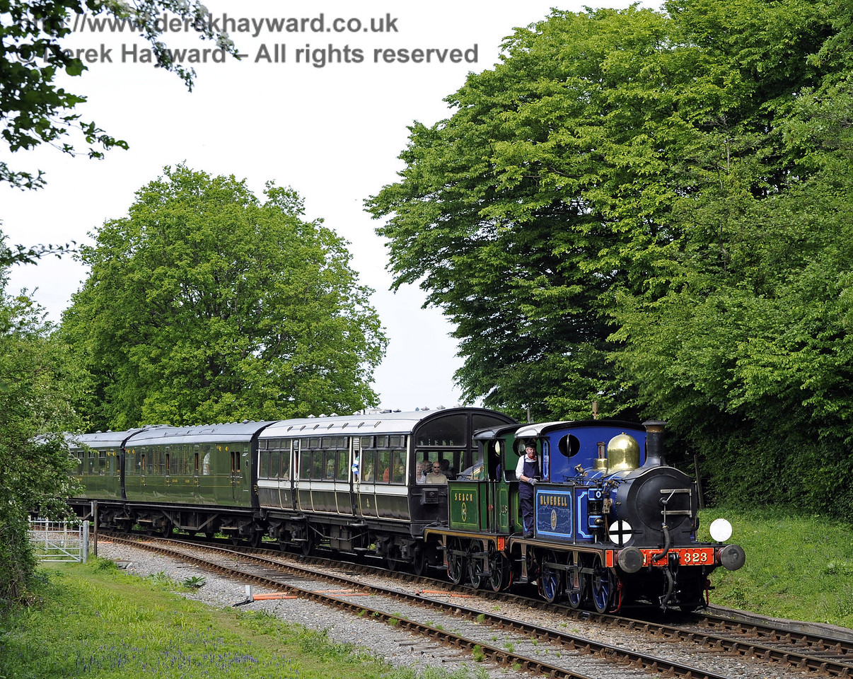 323 Bluebell and 178 approach Leamland Bridge with a service train.  07.05.2011  1276