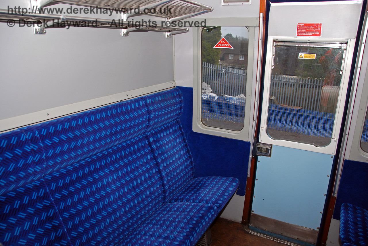 A Second Class compartment on board 3417 Gordon Pettitt. East Grinstead 17.01.2009. 167