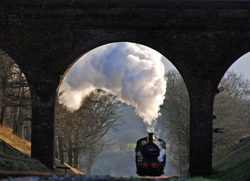 Steam effects from 65 as it is framed by Three Arch Bridge. 12.01.2008  0055