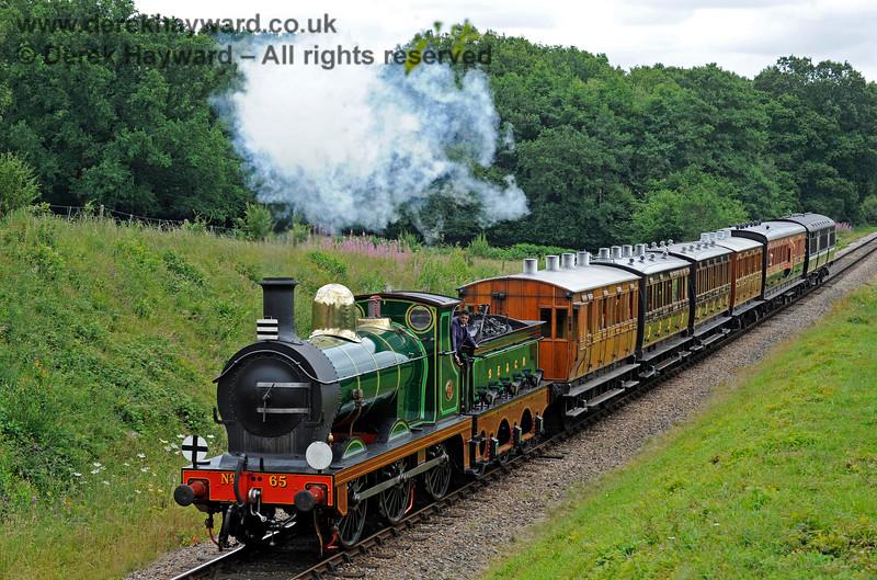 65 passes Medhurst Farm. 15.07.2017 15772
