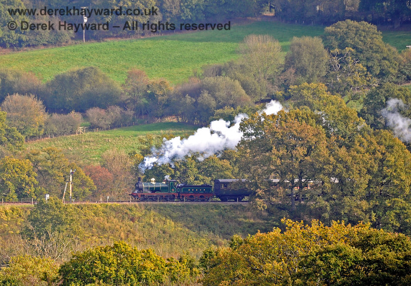 65 approaching the (second) Advance Starter north of Horsted Keynes. 24.10.2018 16838