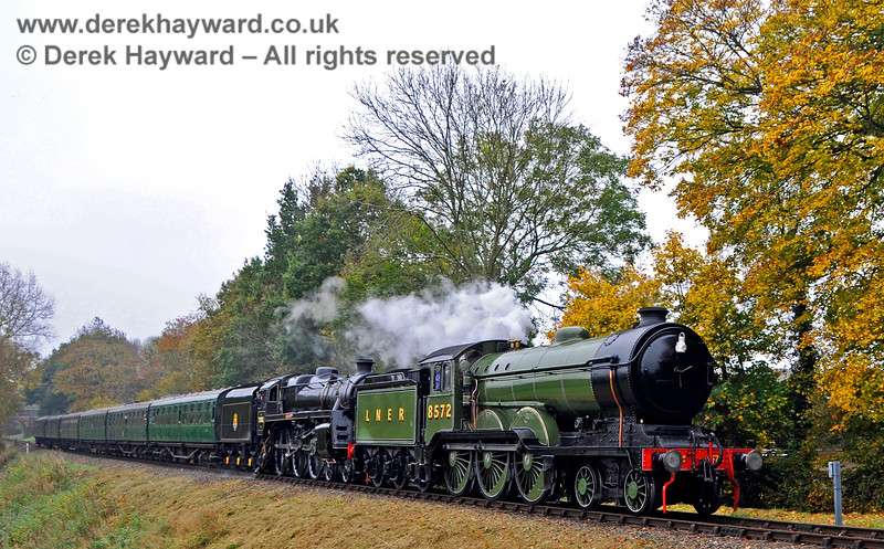 8572 (visiting) and 73082 Camelot double head a train at Mill Place Farm. 30.10.2016 16602
