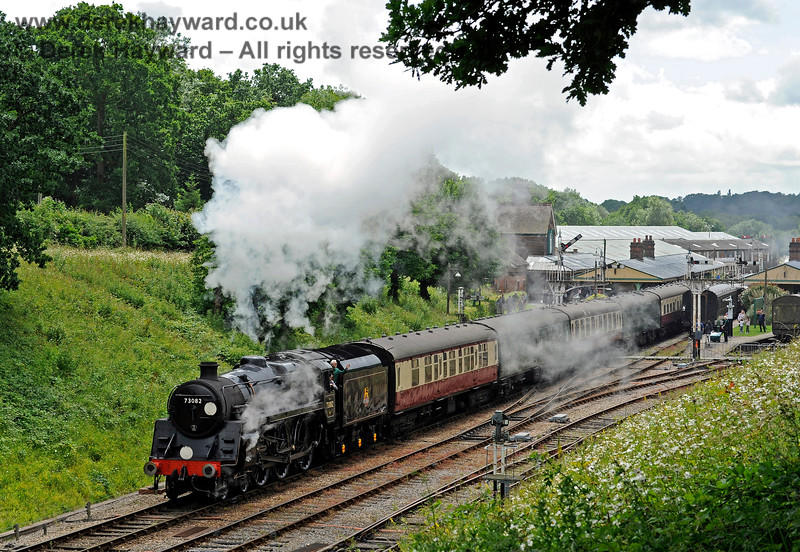 73082 Camelot steams north from Horsted Keynes.  02.07.2016 13485