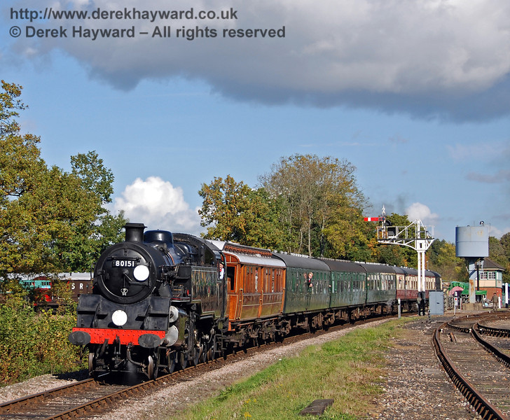 80151 leaves Horsted Keynes. 17.10.2008
