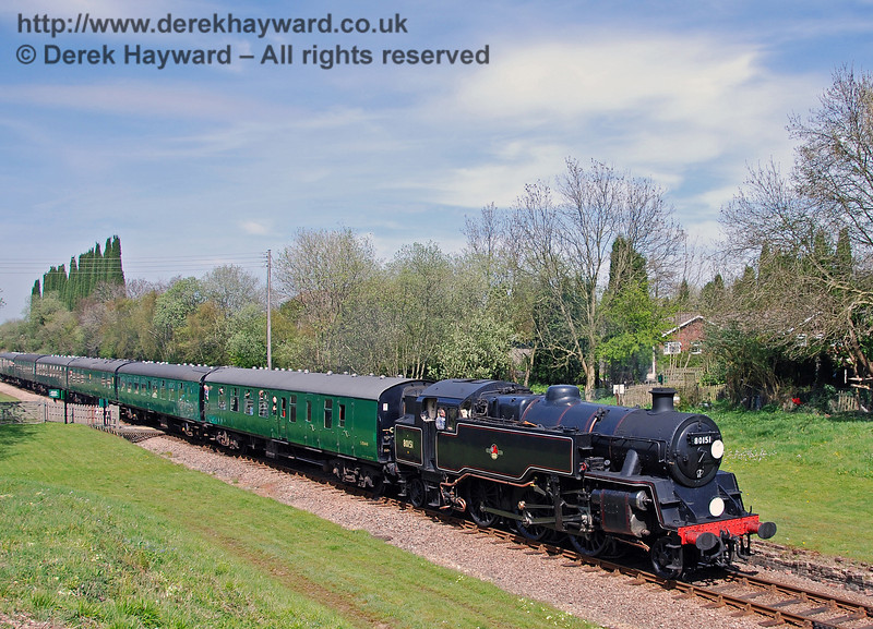 80151 passes over the West Hoathly foot crossing.  26.04.2008