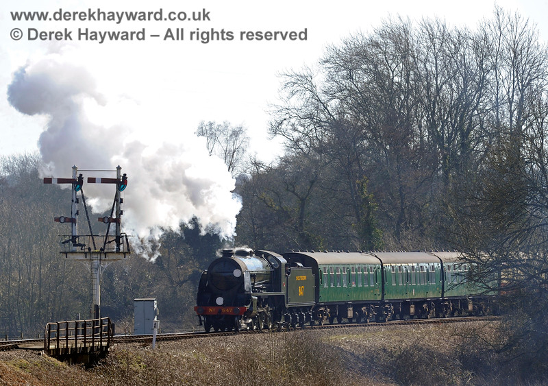 847 leaving Sheffield Park. 07.03.2015 10377