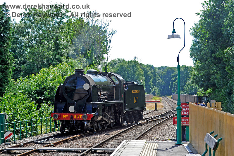 847 runs round at East Grinstead. 03.07.2016 13611