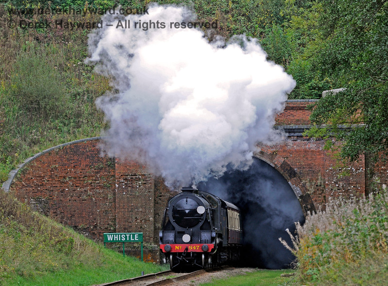 847 emerges from West Hoathly Tunnel. 10.10.2015 12176