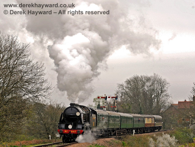 847 steams north from Poleay Bridge with a service train. 05.04.2014 8878