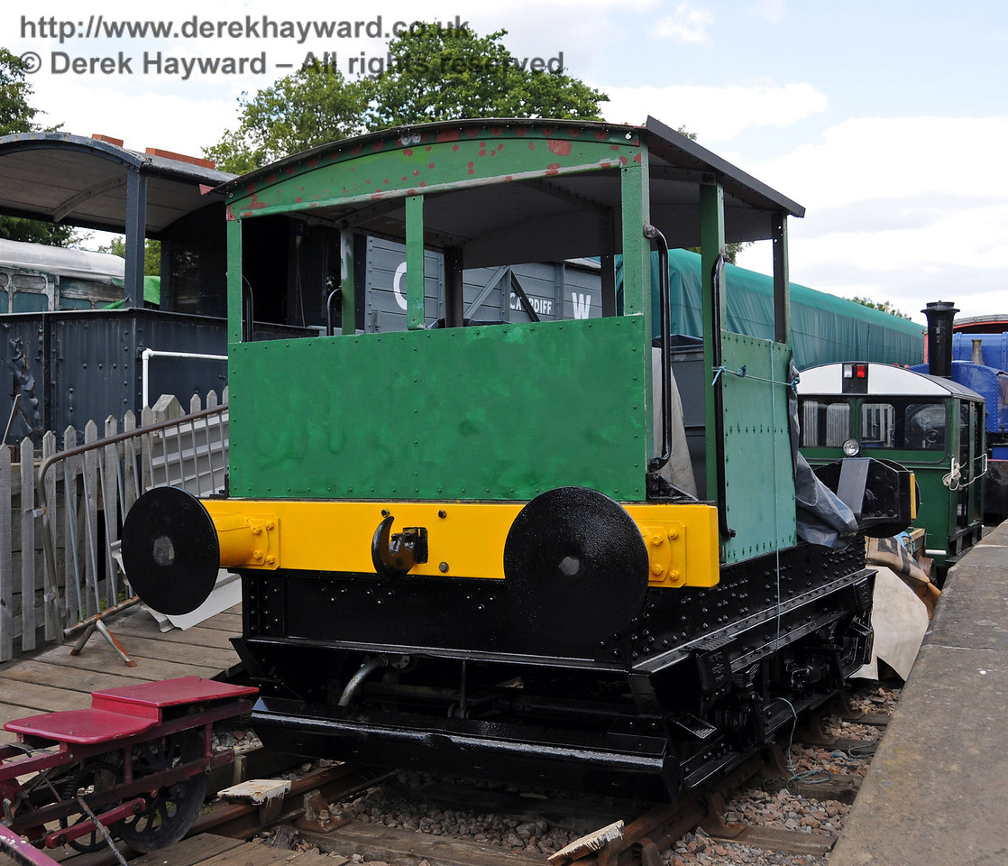 Howard Petrol Locomotive 957 Britannia being made ready for service at Horsted Keynes 24.07.2010  3279