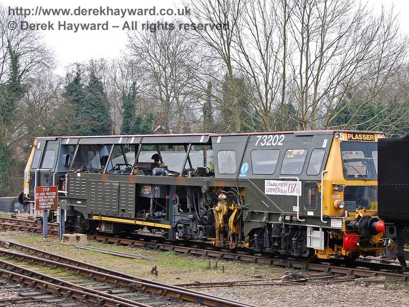 Tamper 73202 at Sheffield Park.  25.03.2007