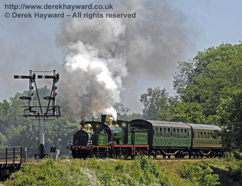 178 and 592 leave Sheffield Park.  21.05.2011  1590