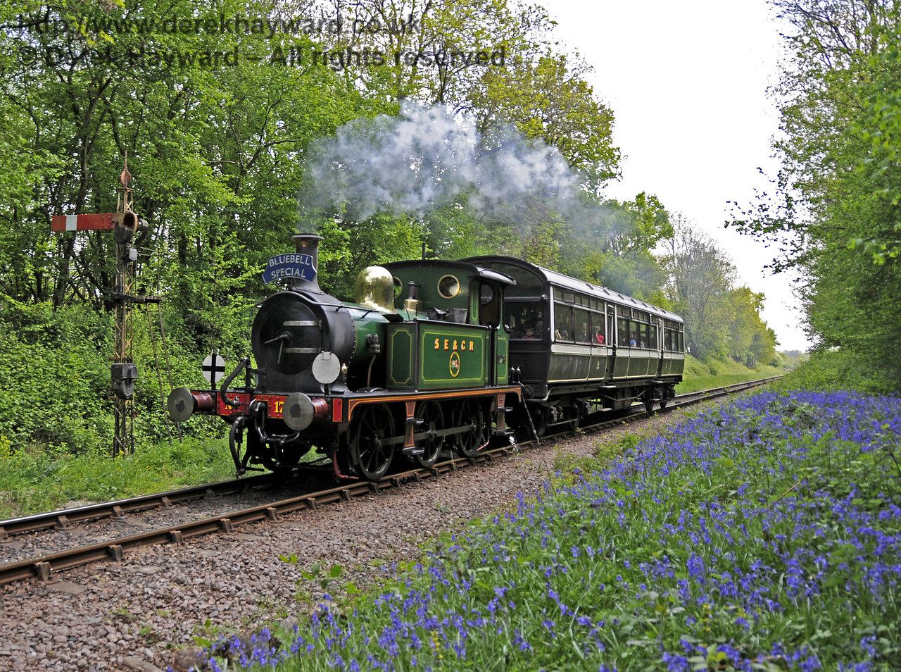 178 passes Ketches halt with a Bluebell Special.  28.04.2011  6912