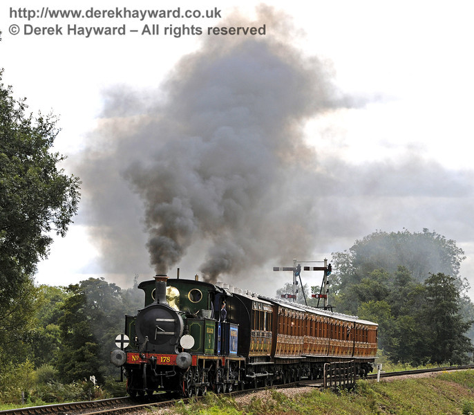 178 and 323 Bluebell steam away from Sheffield Park.  29.08.2011  7520