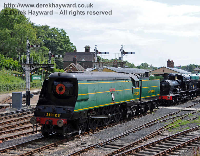 21C123 Blackmoor Vale on display at Horsted Keynes with 9017.  24.07.2010  3330