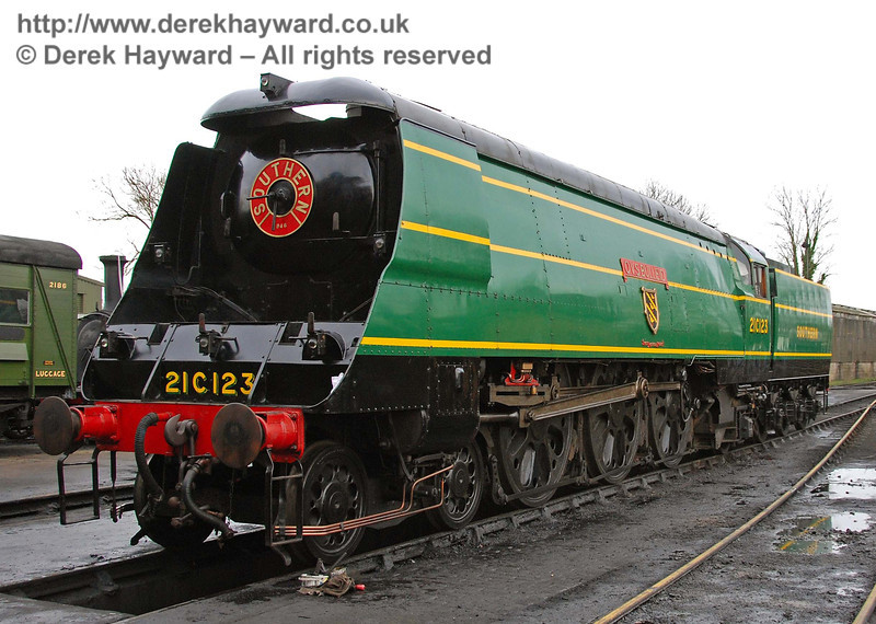 21C123 OVS Bulleid on shed at Sheffield Park.  13.01.2008