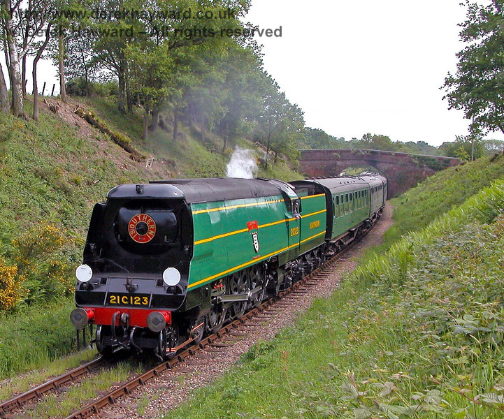 21C123 Blackmoor Vale north of Caseford Bridge. 04.06.2006