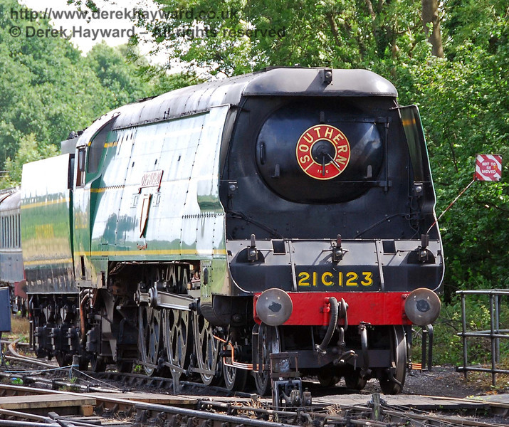 21C123 OVS Bulleid over the old wash out pit at Sheffield Park.  22.06.2008