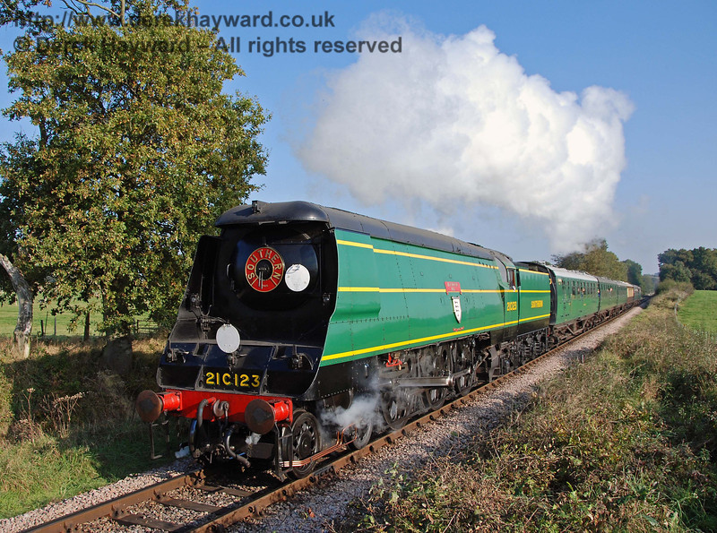 21C123 OVS Bulleid climbs Freshfield Bank. 21.10.2007