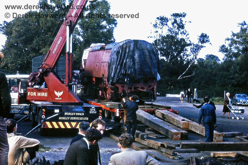 Unloading Blackmore Vale at Sheffield Park on Wednesday 29 Septmber 1971.  Preparing the ramp.....   Eric Kemp retains all right to this image.