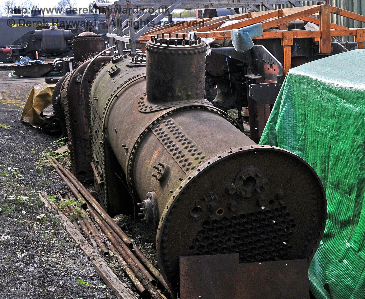 The railway has two spare boilers, but it is understood that both are likely to be life-expired. Sheffield Park Shed 28.04.2010  2104