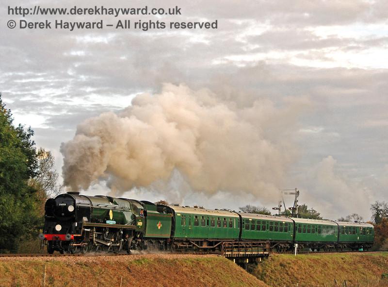 34059 Sir Archibald Sinclair steams north over Poleay Bridge. 23.10.2009  0153