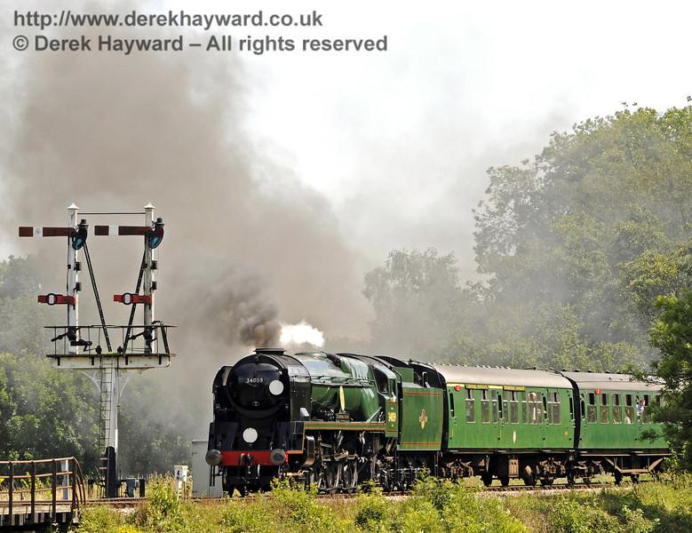 34059 Sir Archibald Sinclair leaves Sheffield Park.  24.07.2011  7499