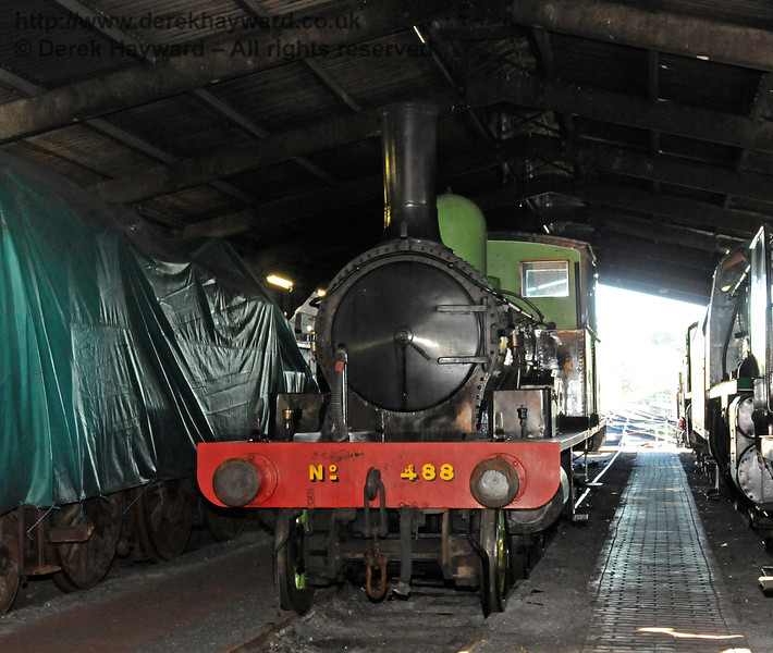 After a period on display at Horsted Keynes for the 50th Anniversary celebrations, 488 has now returned to Sheffield Park Shed. 10.10.2010  5125